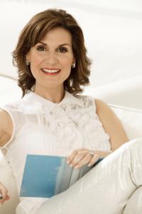 Karen White, photo by Claudio Marinesco